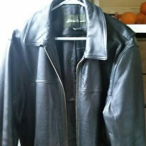 Other - Men's Eddie Bauer genuine leather jacket